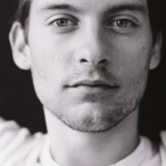 tobey-maguire-celebrity-man-actor-black-and-white