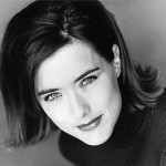 Miscellaneous-Magazine-Photos-tea-leoni-4103926-315-262