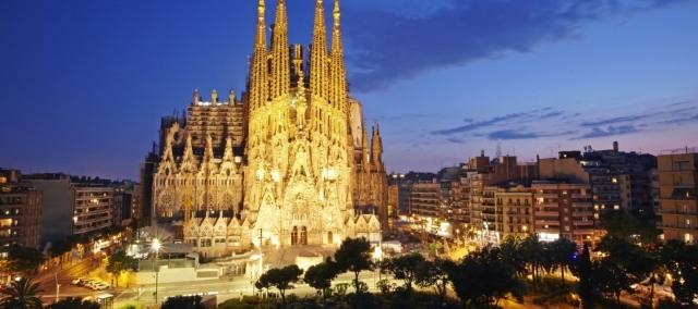 barcelona-night2-720x320@2x