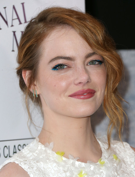 Emma+Stone+Celebrities+Attend+Premiere+Sony+JUr8ss-Zq8Xl