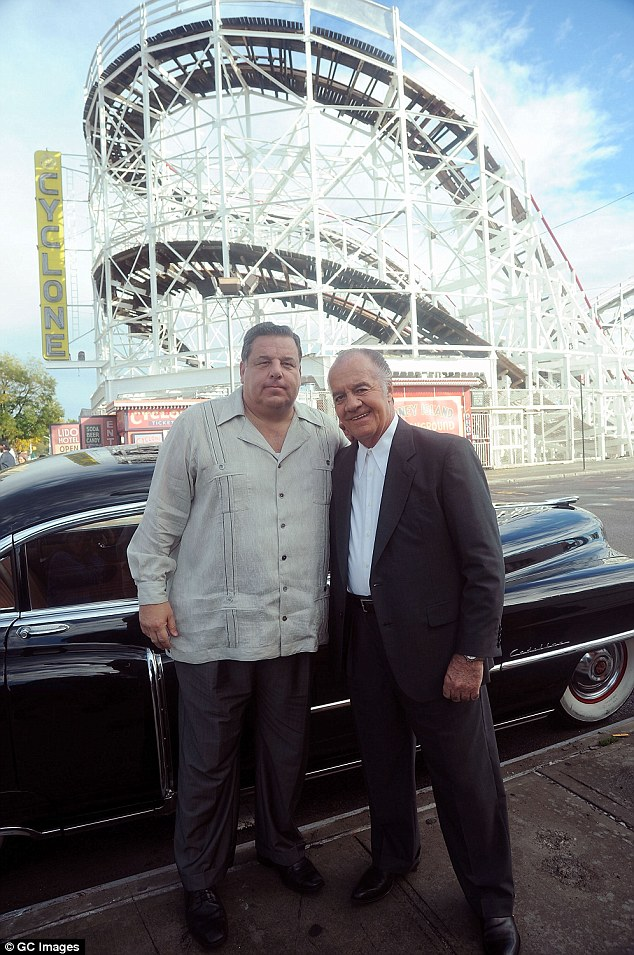 2017 Film: Jim Belushi On Set, Coney Island Shooting ...