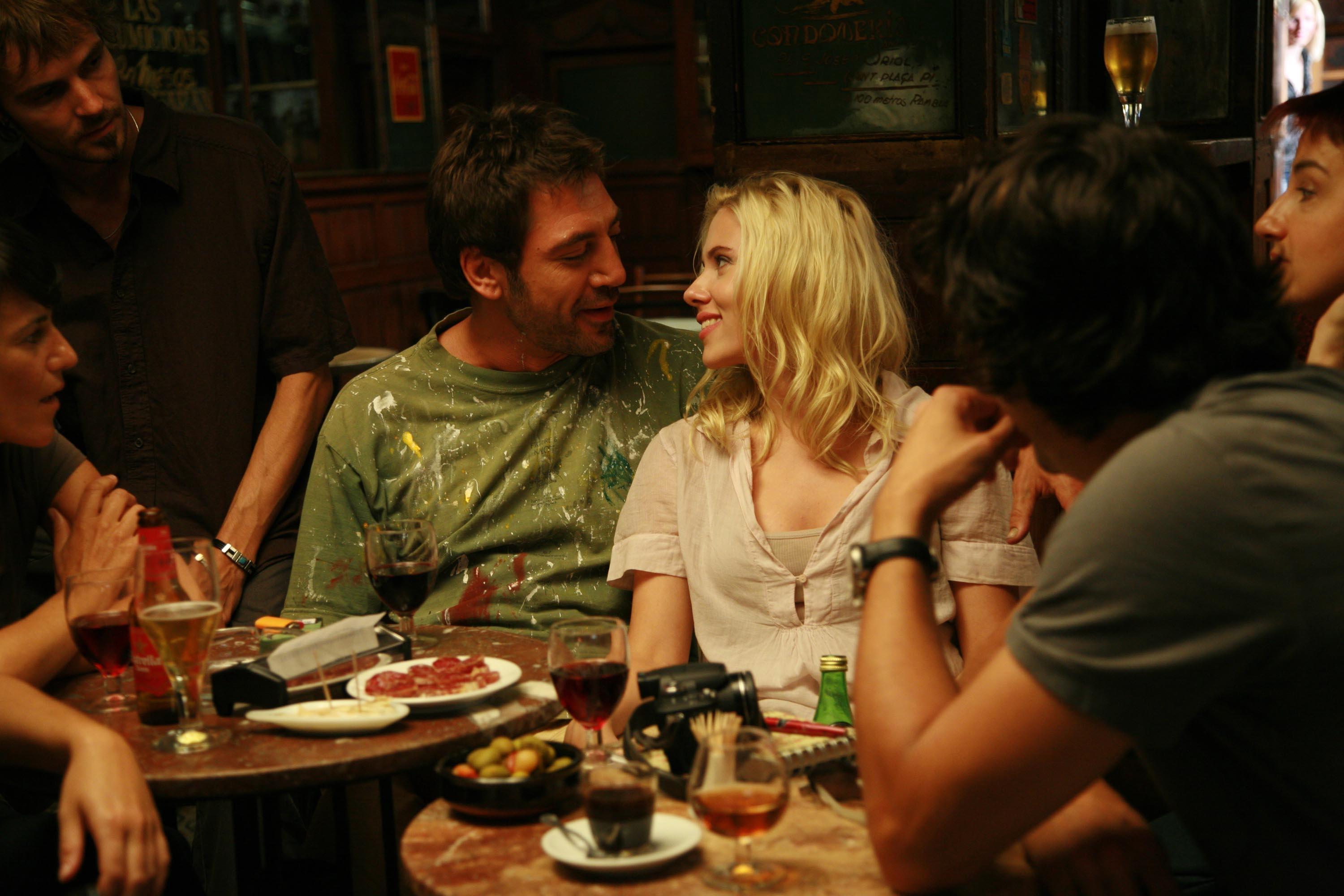 Javier Bardem and Scarlett Johansson in La Marsella